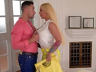 Top-raw Blondie Kyra Hot Takes His Big Hard Penis Up Her Bald Humid Pink