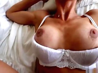 Hot Momma Nicole Aniston Hammered By A Meaty Dick