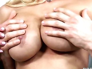 Shyla Stylez Is A Trunk Starving Nude Model