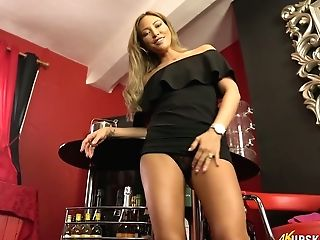 Long-legged Chick Natalia Forrest Shows Off Her Yummy Vag Upskirt
