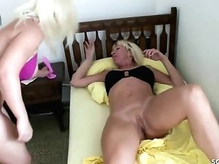 German Matures Mom Lezzies Munch And Have Fun Each Other Cooch