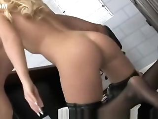 Blonde Mummy Fuck A Hard Manstick In Jail