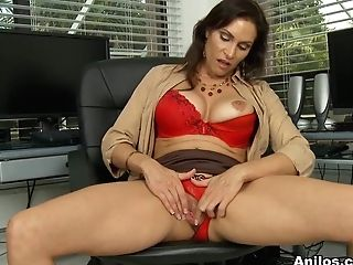 Raven Lechance In Biz And Pleasure - Anilos
