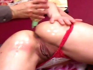 Sexy Tyle Gets Her Bootie Gobbled And Spanked During A Hard Fuck
