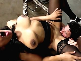 Buxomy Black Mummy Lady In The Office Boned Hard By Milky Stud