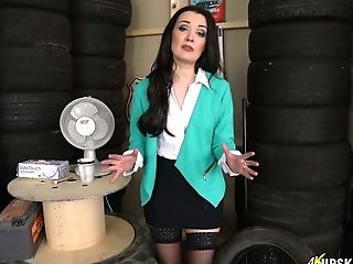 Vulgar Black-haired Faye Takes Off Underpants And Shows Twat Upskirt