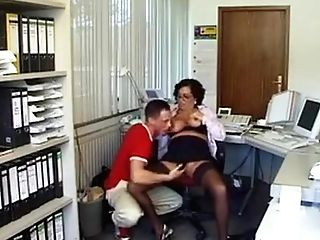 Matures Fucked Good In The Office