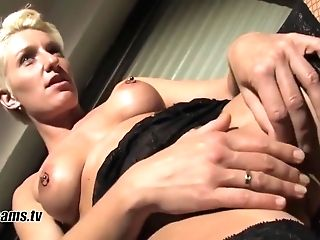 Bianca Taunts Her Hubby With Jerking Off Games