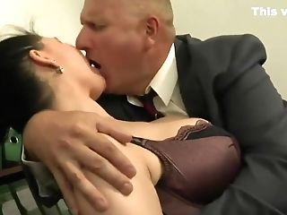 Dark Chesty Italian Assistant Gets Extra Work From Her Chief