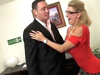 Sexy Squirting Cougar Chief Prizes Her Employee